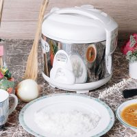 Harga Maspion Magic Com 1.2 Liter 350 Watt Silver - MRJ 109SS atas